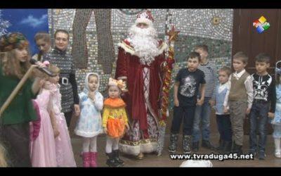 Депутат Мособлдумы Михаил Демидович поздравил павловопосадских детей