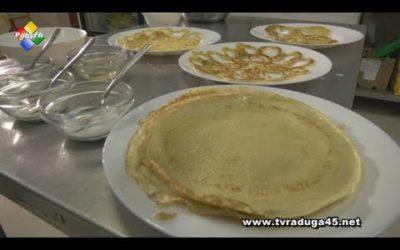 Готовим блины вместе с поварами ретро-кафе «СССР»