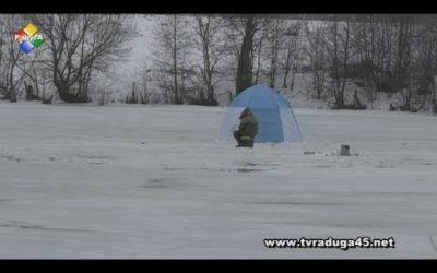 Любители зимней рыбалки рискуют жизнью ради улова