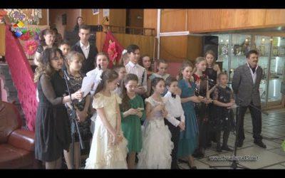 В Детской музыкальной школе открылась музыкальная гостиная