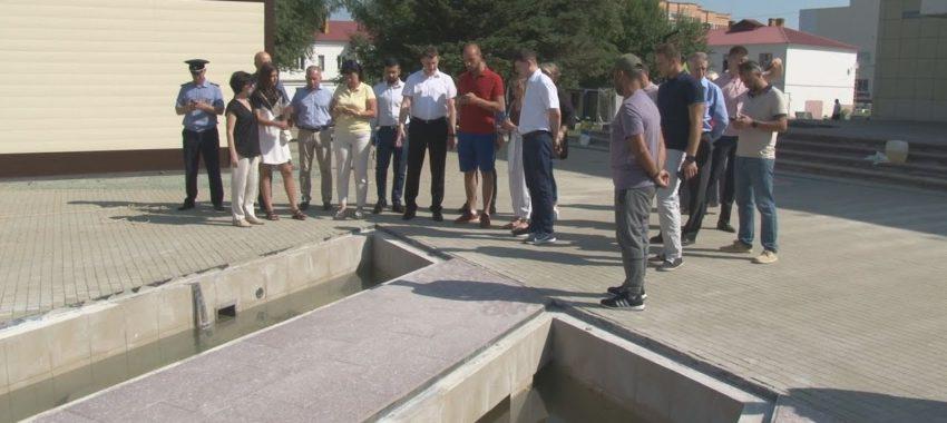 Денис Семенов проверил готовность пешеходной зоны к открытию